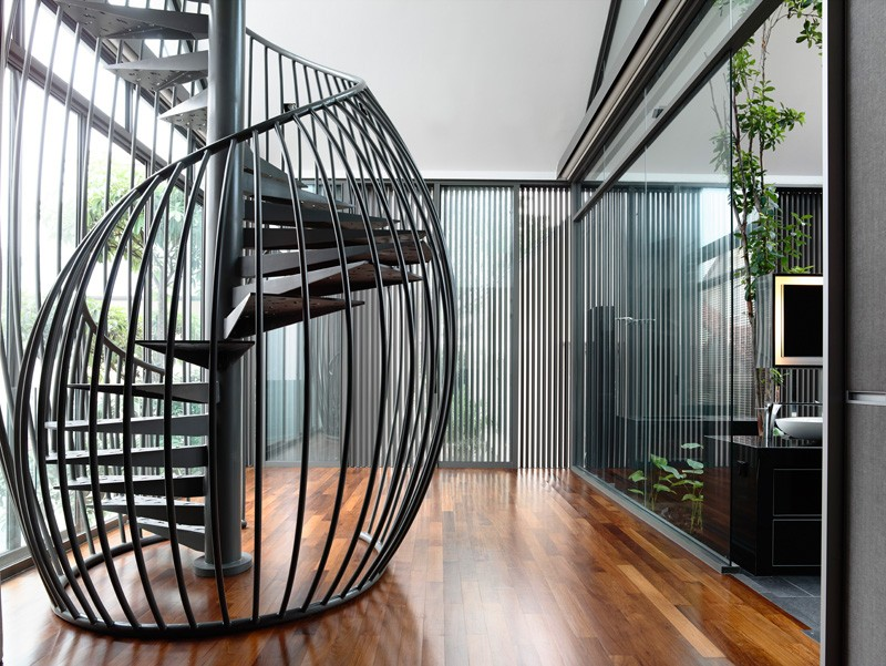 Types of staircases and their pros and cons happho for Half spiral staircase