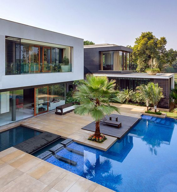 Best Exterior Home Design 2017: Water As An Element Of Interior Design In House