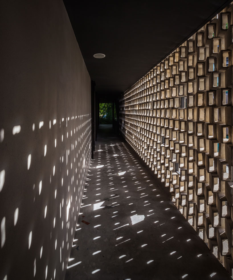 6 Interior Lighting Designs Use To Create An Ambience: Sciography And Play Of Shadows