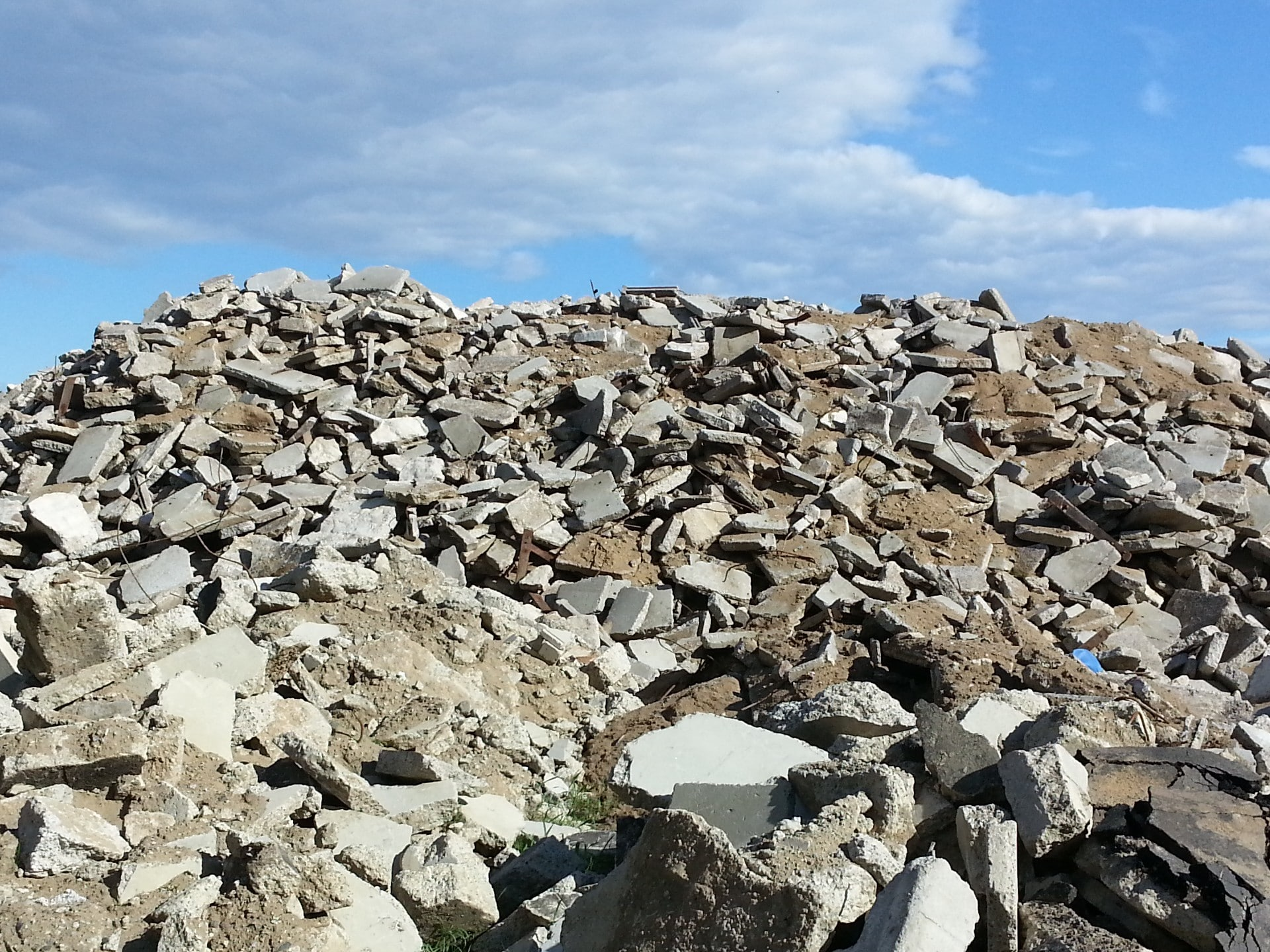 Recycled Aggregate Concrete: Applications, Advantages