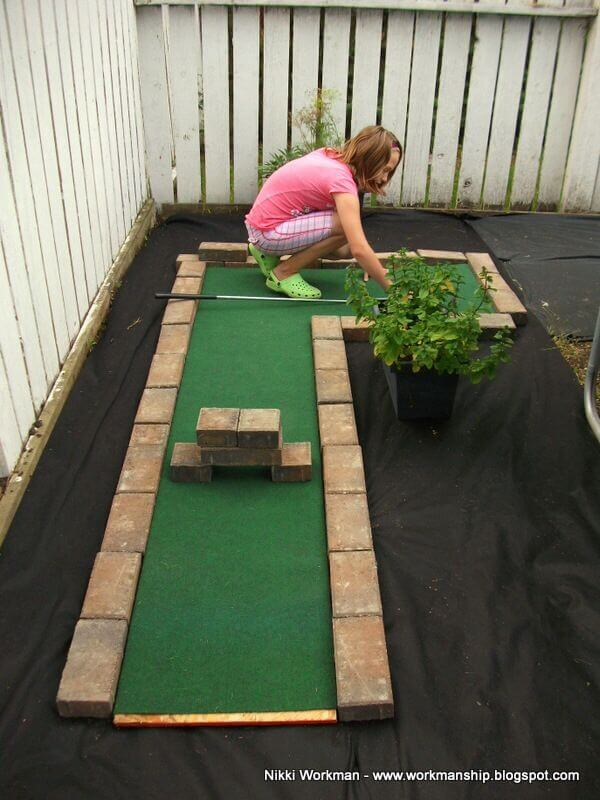 A golf space in the setback area for kids