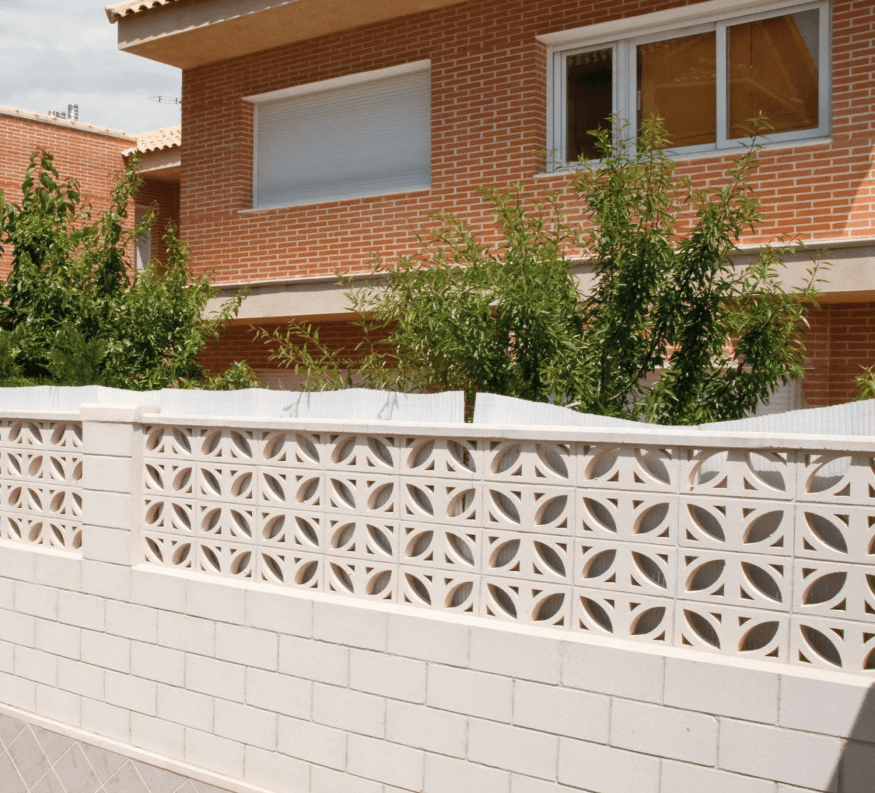 Perforated Parapet Wall with half height brick and half height design work