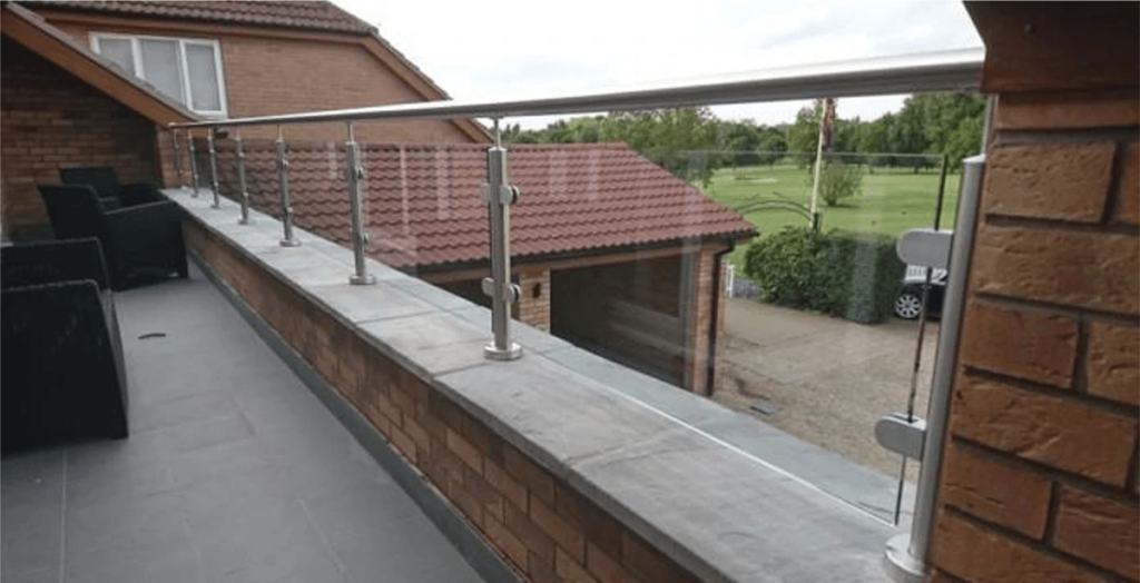 SS and toughned glass or fiber glass railing as parapet walls